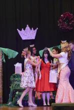 Mia crowning Princess_2