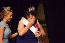 Princess receiving award_1